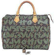8d8be1d400d Louis Vuitton Bag - Messenger