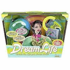DREAM LIFE/CREATE THE LIFE YOU DREAM ABOUT! AGE 8+ GAME