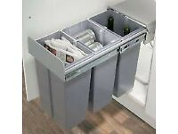 Innostor Soft Close Pull out kitchen bin, Recycle Sorter, 3 x 10 Litre Bin