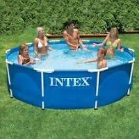 10 ft metal frame pool with every option possible