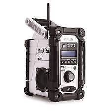Makita dab radio with 3ah battery