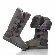 BNWT - LADIES UGG BOOTS - 3 BUTTON - IN GREY - SIZE 4
