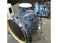 Gretsch catalina full drumkit see below ....