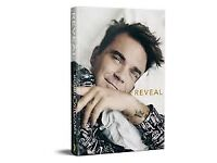 Like NEW - Reveal: Robbie Williams book