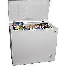 DANBY, RCA, ARCTIC KING 5.0 cu ft CHEST FREEZERS. ( WHITE OR BLACK) NEW WITH WARRANTY $149.00 NO TAX.