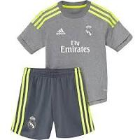 Ronaldo 7 Real Madrid set 2015-16grey for kids from 8 to13 age