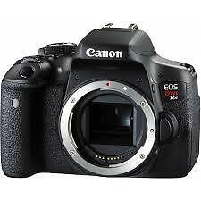 Canon T3I and Accessories - MINT Condition