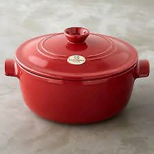 New in box Emile Henry Flame Round Casserole/Dutch Oven 26cm Red