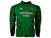 retro newcastle united goal keeper shirt