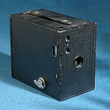 VINTAGE KODAK NO. 2 BROWNIE CIRCA 1924 EXCELLENT COND
