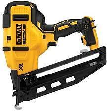 DCN660Br 20V MAX* XR 16 GA Angled Finish Nailer - Tool Only