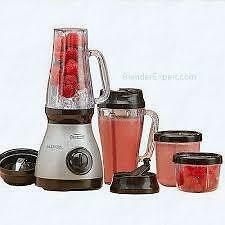 NEW  Back to Basics 3-Speed Brushed Chrome Personal Blender Express 9-Piece Mixing System,Silver