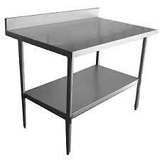 TABLE ACIER INOXYDABLE-------- STAINLESS STEEL TABLE