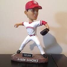 ISO Vancouver Canadians Bobbleheads