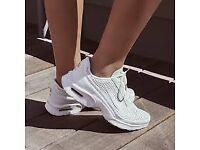 Nike Air Max Jewell Premium QS Size 7 Women's Trainer