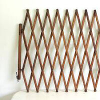 Looking to buy old fashioned accordion style wooden gate
