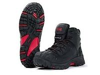 Titan Waterproof Composite Boot size men size 11 brand new in box £60 in shop i want £25