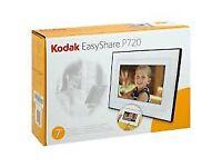 Kodak EasyShare P720 Digital Photo Frame