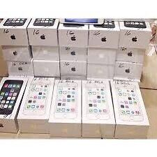 APPLE IPHONE 5S UNLOCKED BRAND NEW CONDITION BOX ACCESSORIES