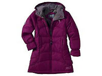 Urgently seeking ladies coats jackets knitwear tops trousers handbags boots shoes donations
