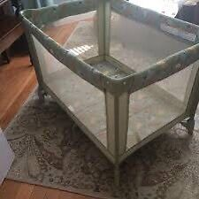Graco pack n play playpen foldable smoke and pet free