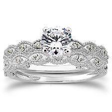 Merveilleux Antique Vintage Wedding Ring