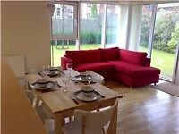 Modern 3 Bedroom Apartment Fully Furnished With A Garden