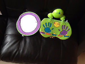 Baby crib's mirror with music. AVAILABLE