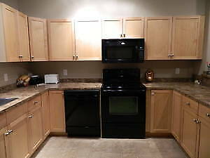 $2100 Spacious Townhouse Single Garage Utilities Included!