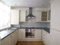 YES DSS ACCEPTED! LARGE 2 BED GARDEN FLAT IN EDGWARE- 2 DOUBLE BEDROOMS- SEPARATE KITCHEN