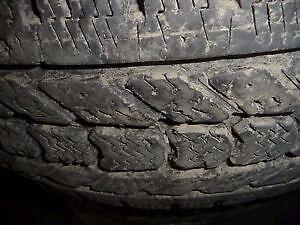 4 pneus d'hiver LT265/70/17 Firestone WinterForce LT