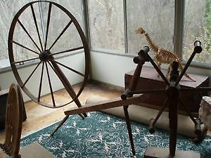 ANTIQUE SPINNING WHEEL AND SPINDAL