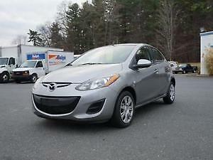 "2011 Mazda 2 GS-ONE OWNER-EXTRA CLEAN-""SALE"" PRICED!"