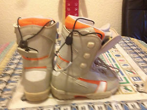 HEAD SNOWBOARDING BOOTS