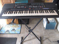 Yamaha PSR500 in perfect working condition.
