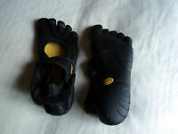 Soulier d'exercice TOES Vibram neuf