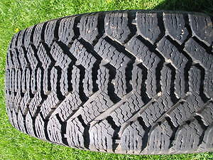 Pneu goodyear ***FIRE SALE***