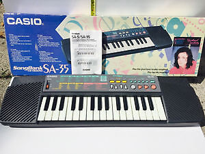CASIO SA-35 SongBank Portable 32 Key Keyboard With Lesson Functi