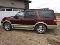 2010 Ford Expedition Eddie Bauer SUV, Crossover