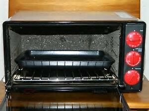 DELONGHI CONVECTION Toaster Oven!