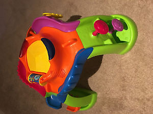 Fisherprice - stand up toy with lights and song