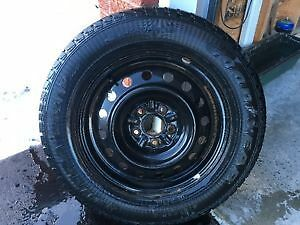Goodyear UltraGrip Snow Tires with rims AND CHAINS - 215/65R16