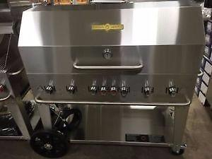 THE ULTIMATE BBQ - CROWN VERITY - BRILLIANT ANYWHERE - BUILT FOR EVERYWHERE -