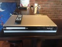 lecteur dvd avec disque dur a interieur , hdmi, usb etc