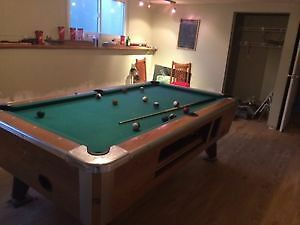 Valley Barbox Pool Table