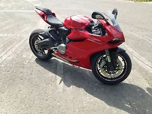 Ducati Panigale 899, 2014 (1 taxe) comme neuf + modifications
