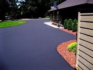 Driveway Sealing -Special FREE Minor Crack Repair With Seal Cambridge Kitchener Area image 5