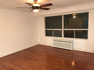 Big spacious 1 bedroom for rent  *all inclusive