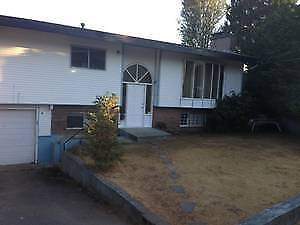 BEST!! Three Bedroom House In Abbotsford
