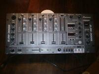 Pioneer DJM - 3000 - Professional D J mixer